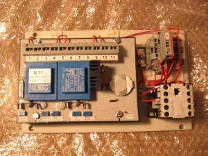 Регулятор напряжения Regler R11 для плавкрана GANZ